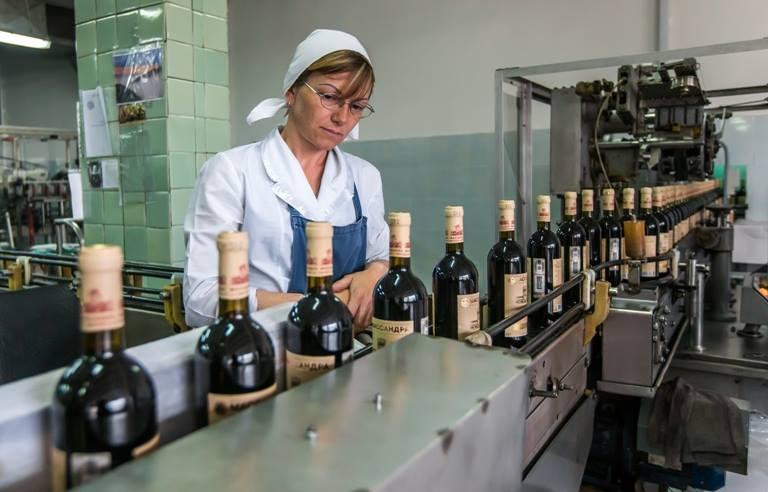 Виноградари Крыма попросили упростить получение господдержки - Российская газета