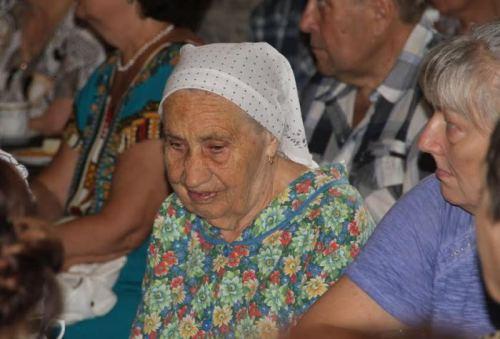 «Массандра» собрала на чаепитие ветеранов завода