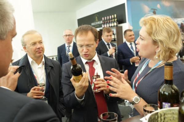 «Массандра» вызвала ажиотаж вокруг Крыма на II Восточном экономическом форуме