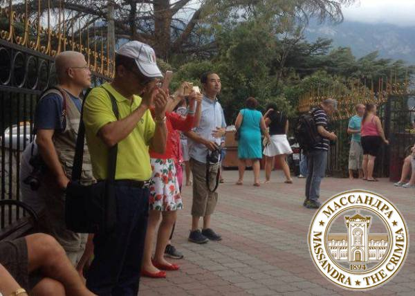Туристы из Китая оказались самой любознательной группой в «Массандре»