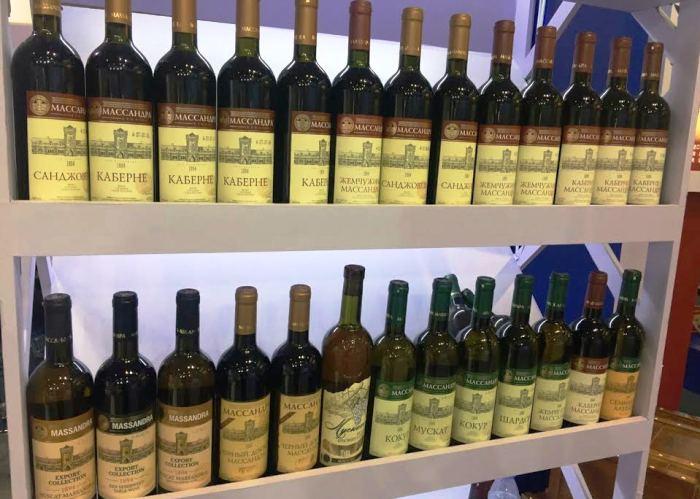 «Массандра» экспортировала в КНР неменее 75 тыс. бутылок вина