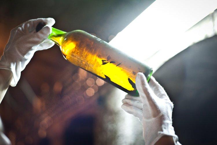 Дегустация двух веков: В «Массандре» эксперты оценили молодое вино и редкие образцы с 1929 года
