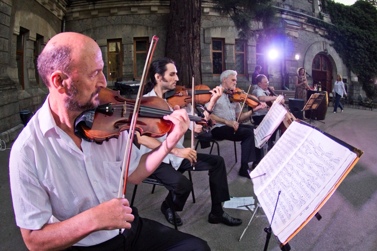 Музыкальные  дегустации в «Массандре» посвятили окончанию строительства царских подвалов (ФОТО)