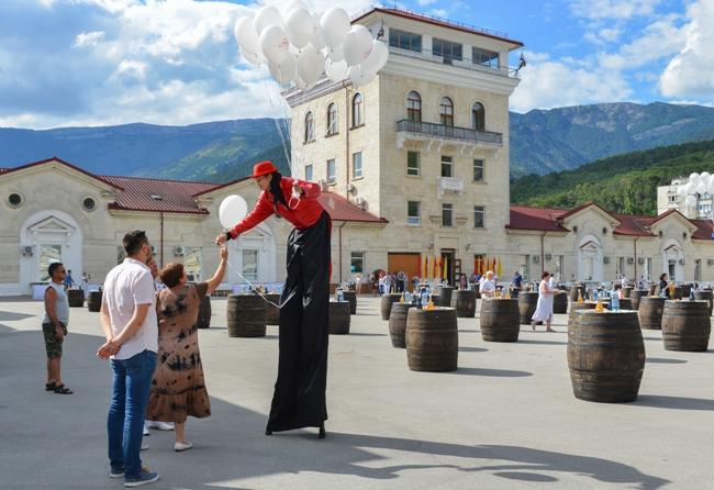 «Массандра» к новому курортному сезону откроет винные деревни