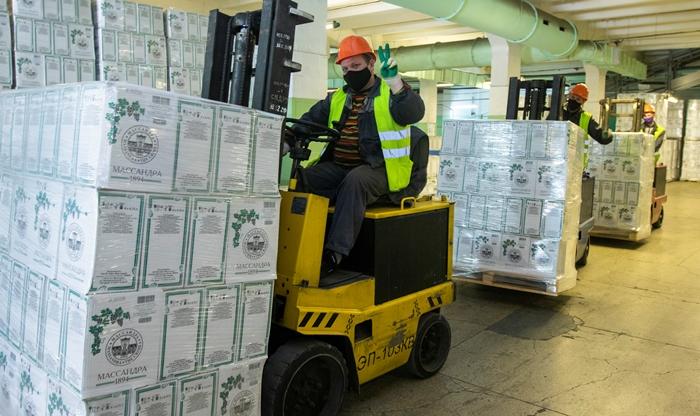 В «Массандре» выпустили 5-миллионную бутылку вина и возобновили экспортные поставки в Китай